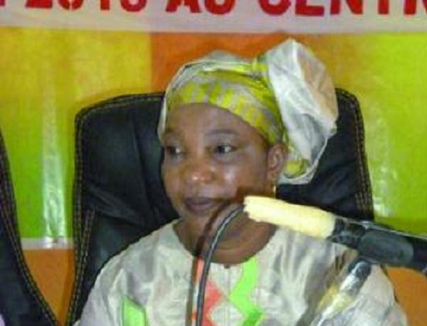 Mme Diarra Djeneba Samak pr sidente de la Femima 614001013